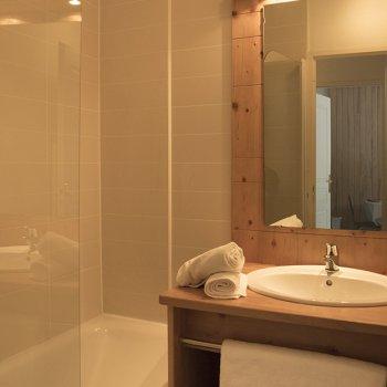 Salle de bain appartement 2 pièces Les Orres