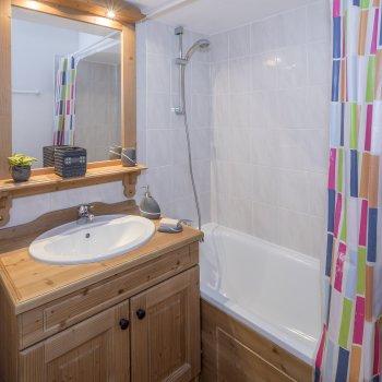 Salle de bain hameau des écrins